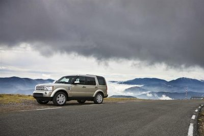 Land-Rover-Discovery-hire-queenstown